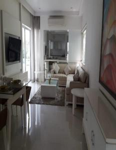 Gallery Cover Image of 1417 Sq.ft 3 BHK Apartment for buy in Wagholi for 6500000