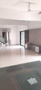 Gallery Cover Image of 1100 Sq.ft 2 BHK Apartment for rent in Kalyani Nagar for 33000