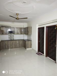 Gallery Cover Image of 1400 Sq.ft 3 BHK Independent Floor for buy in Sector 15 for 7500000