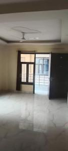 Gallery Cover Image of 850 Sq.ft 2 BHK Independent Floor for rent in DLF Farms for 17000