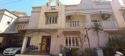 Gallery Cover Image of 2350 Sq.ft 4 BHK Independent House for buy in Bodakdev for 21100000