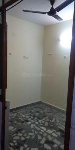 Gallery Cover Image of 720 Sq.ft 1 BHK Independent Floor for rent in Mukherjee Nagar for 6000