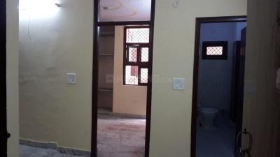 Gallery Cover Image of 400 Sq.ft 1 BHK Independent Floor for rent in Mayur Vihar Phase 1 for 9000