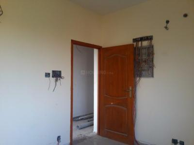 Gallery Cover Image of 635 Sq.ft 1 BHK Apartment for buy in Kundrathur for 3079750