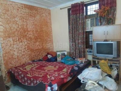 Gallery Cover Image of 700 Sq.ft 1 BHK Independent Floor for rent in Garhi for 20000