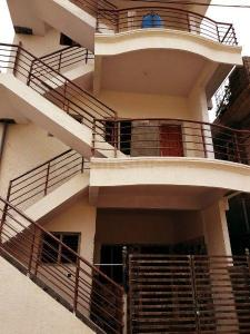 Gallery Cover Image of 2200 Sq.ft 6 BHK Independent House for buy in Byrathi for 7600000
