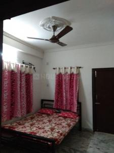 Gallery Cover Image of 600 Sq.ft 2 BHK Apartment for rent in Bijoygarh for 15000