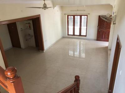 Gallery Cover Image of 3400 Sq.ft 5 BHK Independent House for rent in Perumbakkam for 50000
