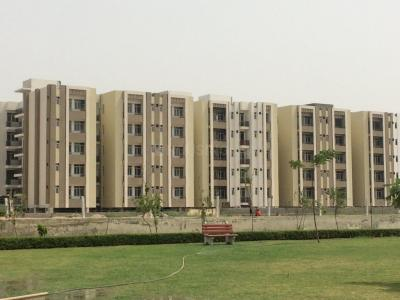 Gallery Cover Image of 1129 Sq.ft 2 BHK Apartment for buy in UCHDPL Wave Executive Floors, Wave City for 3324905