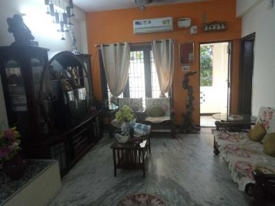 Gallery Cover Image of 1500 Sq.ft 3 BHK Apartment for buy in Virugambakkam for 8500000