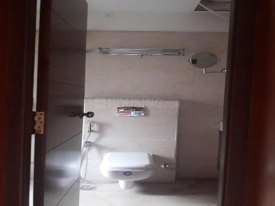 Gallery Cover Image of 2000 Sq.ft 3 BHK Apartment for rent in Ramapuram for 60000