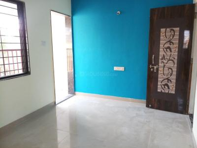 Gallery Cover Image of 604 Sq.ft 1 BHK Apartment for rent in Kharadi for 11000