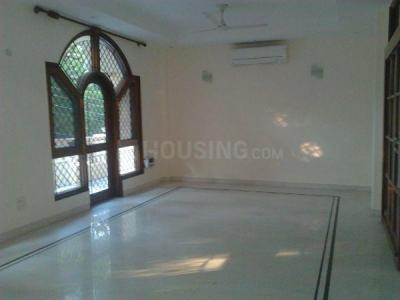 Gallery Cover Image of 2700 Sq.ft 3 BHK Independent Floor for rent in Defence Colony for 90000
