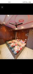 Bedroom Image of Nonu Ji in Sector 15 Rohini