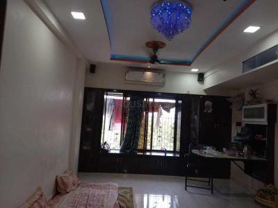 Gallery Cover Image of 652 Sq.ft 1 BHK Apartment for rent in Sion for 25000