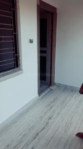 Gallery Cover Image of 950 Sq.ft 2 BHK Apartment for rent in Chinar Park for 10000