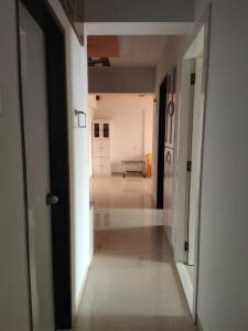 Gallery Cover Image of 1260 Sq.ft 2 BHK Apartment for buy in Bhayandar West for 15100000