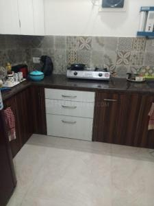 Gallery Cover Image of 675 Sq.ft 1 BHK Apartment for rent in Santacruz East for 38000