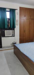 Gallery Cover Image of 900 Sq.ft 1 BHK Independent House for rent in Sector 30 for 15000