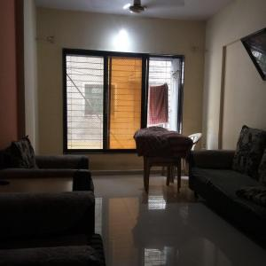Gallery Cover Image of 640 Sq.ft 1 BHK Apartment for buy in Veena Saraswati, Vasai East for 2950000