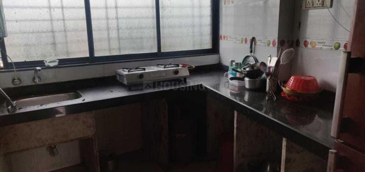 कॉपर खैरने में फील होम पीजी में किचन की तस्वीर