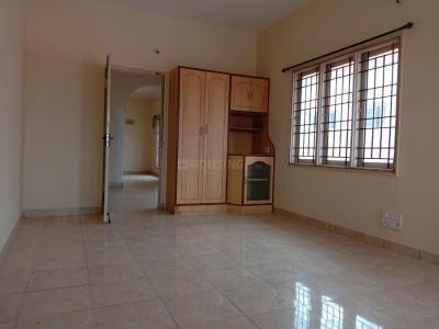 Gallery Cover Image of 1300 Sq.ft 3 BHK Apartment for rent in Murugeshpalya for 25000