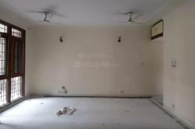 Gallery Cover Image of 1500 Sq.ft 3 BHK Apartment for rent in Sector 62 for 26000