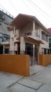 Gallery Cover Image of 450 Sq.ft 1 RK Independent Floor for rent in Kaikhali for 6000