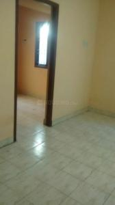Gallery Cover Image of 600 Sq.ft 1 BHK Independent House for rent in Anakaputhur for 4500