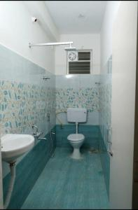 Bathroom Image of PG 5797432 Nanmangalam in Nanmangalam