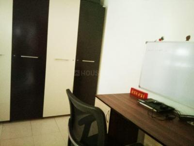 Gallery Cover Image of 540 Sq.ft 1 BHK Apartment for buy in Rani Sati Nagar, Malad West for 11300000