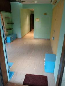 Gallery Cover Image of 800 Sq.ft 2 BHK Apartment for rent in Hicons Aura, Bandra West for 100000
