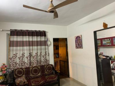 Gallery Cover Image of 1000 Sq.ft 2 BHK Apartment for buy in Shivaji Nagar for 3800000