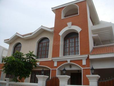 Gallery Cover Image of 5000 Sq.ft 3 BHK Independent House for rent in Kotivakkam for 100000