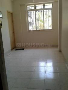 Gallery Cover Image of 250 Sq.ft 1 RK Apartment for rent in Kandivali West for 9000