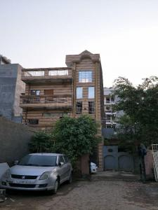 Gallery Cover Image of 900 Sq.ft 2 BHK Apartment for buy in ANA Heights, Shahberi for 1900000