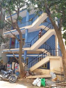 बीटीएम लेआउट में श्री लक्ष्मी वेंकटश्वरा पीजी में बिल्डिंग की तस्वीर