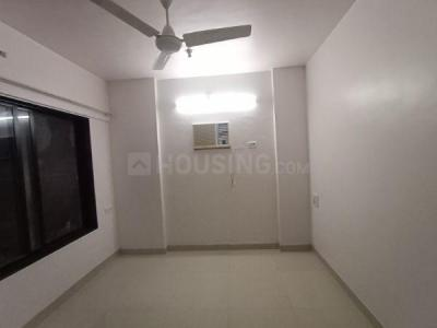 Gallery Cover Image of 600 Sq.ft 1 BHK Apartment for rent in Zania Apartment, Dahisar West for 22000