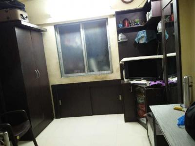 Gallery Cover Image of 350 Sq.ft 1 RK Apartment for rent in Andheri West for 25000