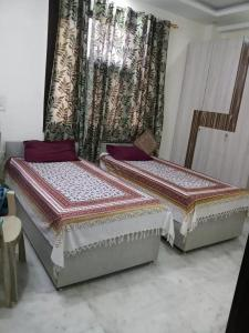Gallery Cover Image of 900 Sq.ft 1 BHK Apartment for rent in Tilak Nagar for 6200