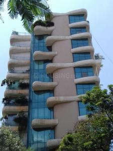 Gallery Cover Image of 1900 Sq.ft 3 BHK Apartment for rent in Santacruz West for 165000
