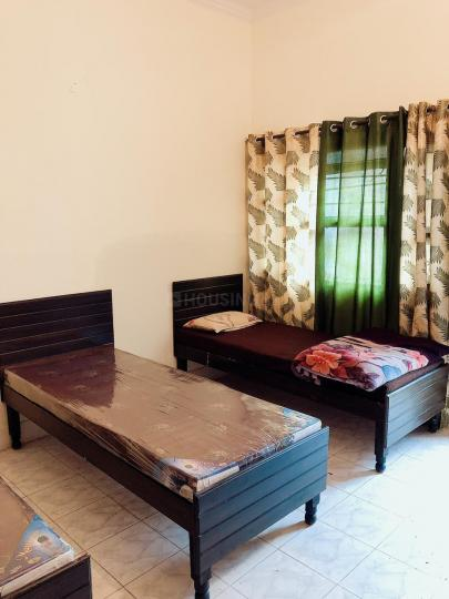 Bedroom Image of Radhe PG in Sector 22