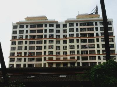 Gallery Cover Image of 1325 Sq.ft 2 BHK Apartment for rent in Goregaon East for 52000