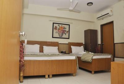 Bedroom Image of Girls PG In Sant Nagar East Of Kailash in Garhi