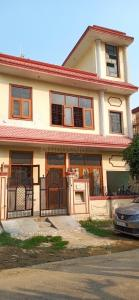 Gallery Cover Image of 1285 Sq.ft 5 BHK Independent House for buy in Beta II Greater Noida for 9500000