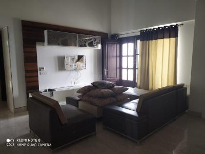 Gallery Cover Image of 2300 Sq.ft 5 BHK Apartment for rent in Sector 37 for 99000