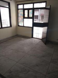 Gallery Cover Image of 1300 Sq.ft 3 BHK Apartment for rent in Sector 4 Dwarka for 23000