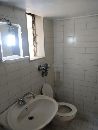 Bathroom Image of Mahesh Thombare in Vile Parle East