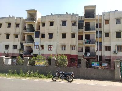 Gallery Cover Image of 323 Sq.ft 1 BHK Apartment for buy in Sector 31 for 1250000