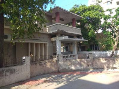 Gallery Cover Image of 6300 Sq.ft 4 BHK Villa for buy in Navrangpura for 45000000